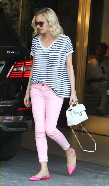 On Saturdays We Wear Pink Helen S Life Amp Style